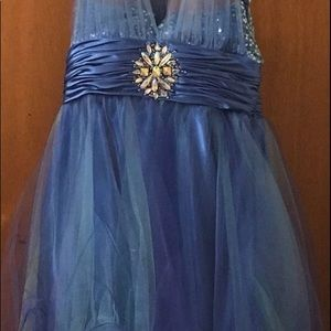 Dresses & Skirts - Short Prom/graduation dress